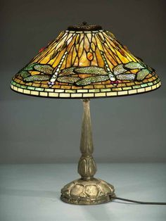 "20 ""Dragonfly Tiffany Lampe auf Mock Turtle Gold Dore` Bronze Base - Stained Glass / Glas - and enamel Art - Chandelier Design, Antique Chandelier, Antique Lamps, Vintage Lamps, Vintage Lighting, Bubble Chandelier, Tiffany Ceiling Lights, Ceiling Lamps, Floor Lamps"