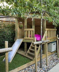 Small garden design ideas are not easy to find. A small garden design is different from other garden designs. Kids Play Spaces, Kids Play Area, Kids Den, Small Garden Play Area Ideas, Den Ideas For Kids, Kids Play Houses, Kids House, Childrens Play Area Garden, Kids Outdoor Play