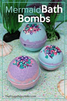 If you're looking for a good bath bomb recipe, you need this Homemade Mermaid Bath Bombs recipe in your life. So easy to make and fun to play with! #bathbombs #frugalnavywife #DIYbathbombs | Bathtime | Bath Bomb Addict | Bath Bomb | Bath Bombs | Bath Bombs for Days | Bath Art | Kids Activities | Homemade Bath Bombs | How to make Bath Bombs | Bth Fizzies Do It Yourself Projects, Do It Yourself Home, Fun Crafts, Crafts For Kids, Amazing Crafts, Mermaid Bath Bombs, Best Bath Bombs, Homemade Bath Bombs, Bombe Recipe