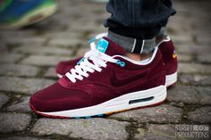 Nike Air Max 1 'Parra x Patta', the only way to way to wear them.