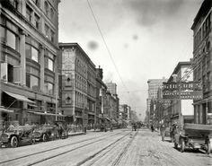 Memphis Main Street, North from Gayoso Avenue 1910