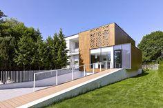 Perforated House / Piotr Kluj + Paweł Litwinowicz