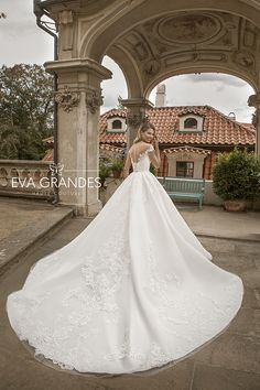 Eva Grandes | Luxury 2019 | Campaign Bridal Style, Bridal Dresses, Hemline, Ball Gowns, Couture, Tulle, Luxury, Bride, Lace Wedding