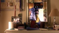Klein dressior, kleine spiegel en een hoop herinneringen...