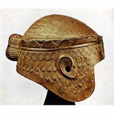 Gold helmet found at Sumer. This fits a head three times larger than ours today. Plus, it is solid gold; the weight of this could only be handled by a large, strong person. Ancient Mesopotamia, Ancient Civilizations, Ancient History, Art History, Bagdad, Helmet Armor, Cradle Of Civilization, Ancient Near East, Ancient Art