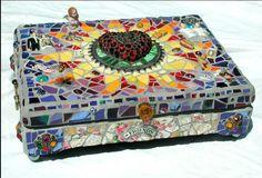 mosaic box by Jolino Beserra