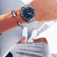 Armcandy inspiration by @fashionismyfortee with her favorite mesh kapten watch in silver | kapten-son.com