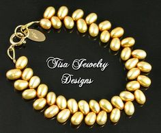 HONEY & GOLD – Lovely bracelet of honey freshwater cultured pearls and 14 KT gold