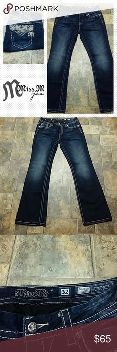 """Miss Me Boot Jeans size 32, inseam 31 Miss Me Boot Jeans size 32, inseam 31, rise 8-1/2"""", waist laid flat 15"""". No missing jewels, excellent condition. Miss Me Jeans Boot Cut"""