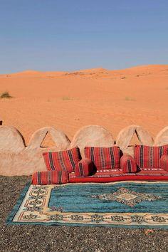 Safari Desert Camp, Oman via Casa Vogue Brasil Safari, Desert Life, Desert Art, North Africa, Morocco, Monument Valley, Travel Inspiration, Travel Destinations, Thailand