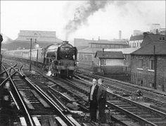 A daily return working between Leeds & Edinburgh via Newcastle. Steam Trains Uk, Leeds City, Rail Transport, Steam Railway, Train Pictures, British Rail, Photo P, Old Trains, Train Tickets