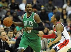 """There was no reason for the Celtics to win Wednesday night, given such circumstances. But Gerald Wallace saw it differently. """"Nobody is expe..."""