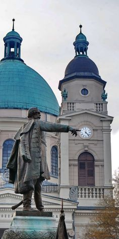 Statue of LAJOS  KOSSUTH,  One  of teh Greatest politician of  the Country --/1802-94/--Budapest, Hungary