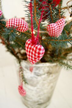 Christmas branches with fabric hearts Christmas Branches, White Christmas, Christmas Tree, Christmas Ornaments, Fabric Hearts, Scandinavian Christmas, Christmas Inspiration, December, Sewing