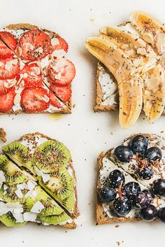 10 Tasty Toast Ideas 10 power-packed toast ideas that will give you a boost of energy and help you start your day off on the right foot! Easy-to-make breakfast toast ideas. Healthy Breakfast Recipes, Healthy Snacks, Healthy Eating, Healthy Recipes, Clean Eating, Kiwi Recipes, Healthy Breads, Breakfast Toast, Breakfast Ideas