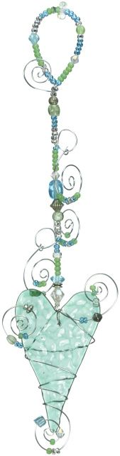 LOVE the hanging length combined with beads and scrolled wire -great addition to the heart itself!