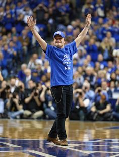 Josh Hutcherson Showed Up To A Basketball Game And The Crowd Gave Him The Mockingjay Salute