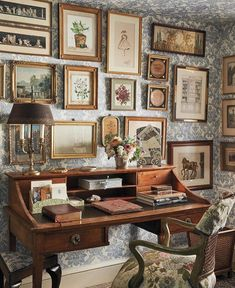 My New Room, My Room, Wallpaper Ceiling, Wallpaper Art, Antique Wallpaper, Aesthetic Room Decor, House Rooms, Cheap Home Decor, Room Inspiration