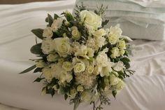 mix of whites www.wanakaweddingflowers.co.nz/gallery.php