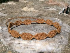 macrame necklace / choker with tiger eye  beads and Celtic