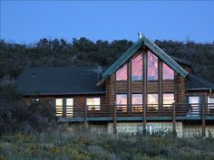 VRBO.com #80481 - Treehouse- Large Lakeside Cabin, Views, Hot Tub and Jetted Tub. Heber City