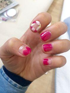 꽃분홍으로 봄 네일 ㅎ