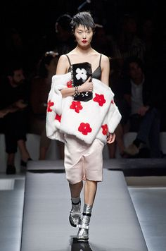 Défilé Prada Printemps-été 2013, Spring 2013 women's collection #MFW #spring2013 #milanfashionweek