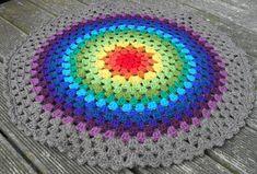 Free Pattern for Crochet Mandalas of any size.