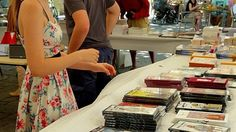 books and comic strips in #Uzes by @bfblogger2013