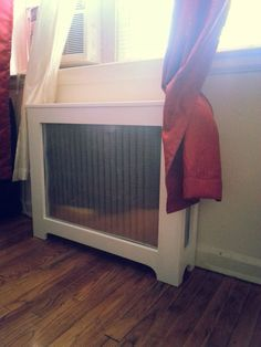 Is your home or apartment heated by old-school radiators? They're a good heating option, especially if they're heat-conducting cast iron. But these radiator units take up considerable wall space and, in many cases, they're unsightly. White Radiator Covers, Modern Radiator Cover, Contemporary Radiators, Traditional Radiators, Wall Heater Cover, Old Radiators, Surface Art, Wall Spaces, Old Houses