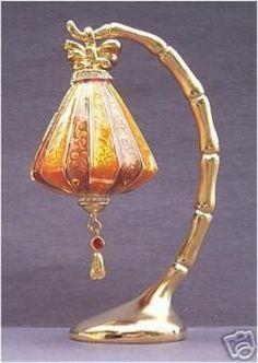2005 ESTEE LAUDER Lucky Lantern Solid Perfume