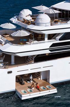 ḹ₥קᎧƧƨῗɓŁḕ #luxuryyachtparty #LuxuryYachting #yachtinterior #yachtparty