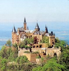 Hohenzollern Castle...would love to see this again someday, hopefully when it is not raining!
