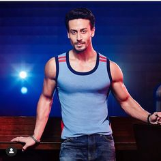 Tiger Shroff Body, Tao Exo, Boy Images, Actor Picture, Boys Dpz, Shraddha Kapoor, Best Actor, Cool Hairstyles, Bollywood