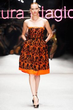 Laura Biagiotti Spring 2013 RTW Collection