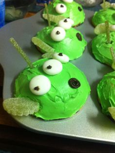 Alien cupcakes from Toystory :)