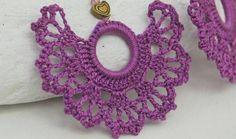 Crochet earrings - Large crochet earrings - Crochet earring jewelry - Purple color - Fan style - Textile Jewelry - Crochet jewelry - Crochet earrings Large crochet earrings Crochet by lindapaula, Best Picture For easy ho - Crochet Flowers, Crochet Lace, Crochet Stitches, Crochet Earrings Pattern, Crochet Necklace, Knitting Patterns, Crochet Patterns, Textile Jewelry, Jewellery