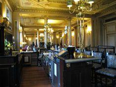 32 fantastiche immagini su alle 5 al cafe 39 de la paix for Case antiche arredamento
