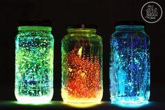 20 Cool Glow Stick Ideas   Glowing Jars