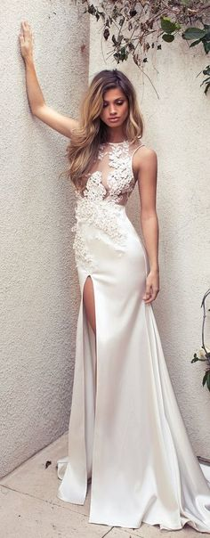 Lace Wedding Dress New Styles Boho Wedding Gown With High Leg Slit Country Wedding Gown For Fall Winter Bridal Gowns