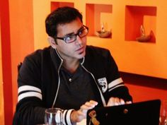 Pakistani English writer Usman T Malik has won the 2014 Bram Stoker Award for Superior Achievement in Short Fiction for his story The Vaporization Enthalpy of a Peculiar Pakistani Family, according to the official blog of Desi Writers' Lounge (DWL), an online community for South Asian writers.