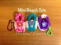 Rainbow Loom Beach Tote: Color Changing Charm: 2 Looms by MarloomZ Creations Rainbow Loom Purse, Rainbow Band, Rainbow Loom Charms, Rainbow Loom Bracelets, Rainbow Loom Tutorials, Rainbow Loom Patterns, Rainbow Loom Creations, Rubber Band Crafts, Rubber Bands