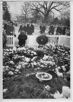 Jackie at JFK's grave, 1963
