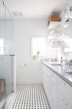 48 Classy And Modern Bathroom Shower Tile Ideas Best Bathroom Tiles, Mold In Bathroom, Simple Bathroom, Bathroom Flooring, Bathroom Black, Bathroom Taps, Bathroom Remodeling, Remodeling Ideas, Bathroom Ideas