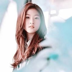 Kim Sae Ron - More cute than gorgeous. But I loved her as Lee Seul Bi