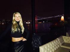 caut barbat pentru o noapte din București