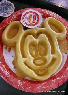 The Wonderful World of Mickey Waffles | the disney food blog