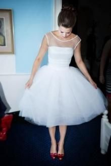 Vintage Cap Sleeves Tea Length Illusion Tulle Ball Gown Wedding Dress