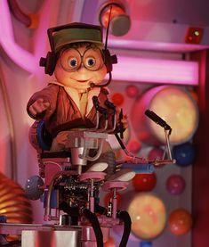 audio-animatronics-disneyland-magic-kingdom-walt-disney-world. Buzzy from Cranium Command at Epcot.