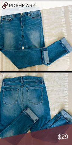 Shop Women's LOFT size 30 Skinny at a discounted price at Poshmark. Description: 👖 The Modern Skinny Jean Excellent condition! Size Sold by Fast delivery, full service customer support. Ann Taylor Loft, Size 10, Skinny Jeans, Best Deals, Modern, Pants, Closet, Things To Sell, Style